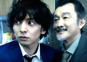 ウロボロス 生田斗真 髪型
